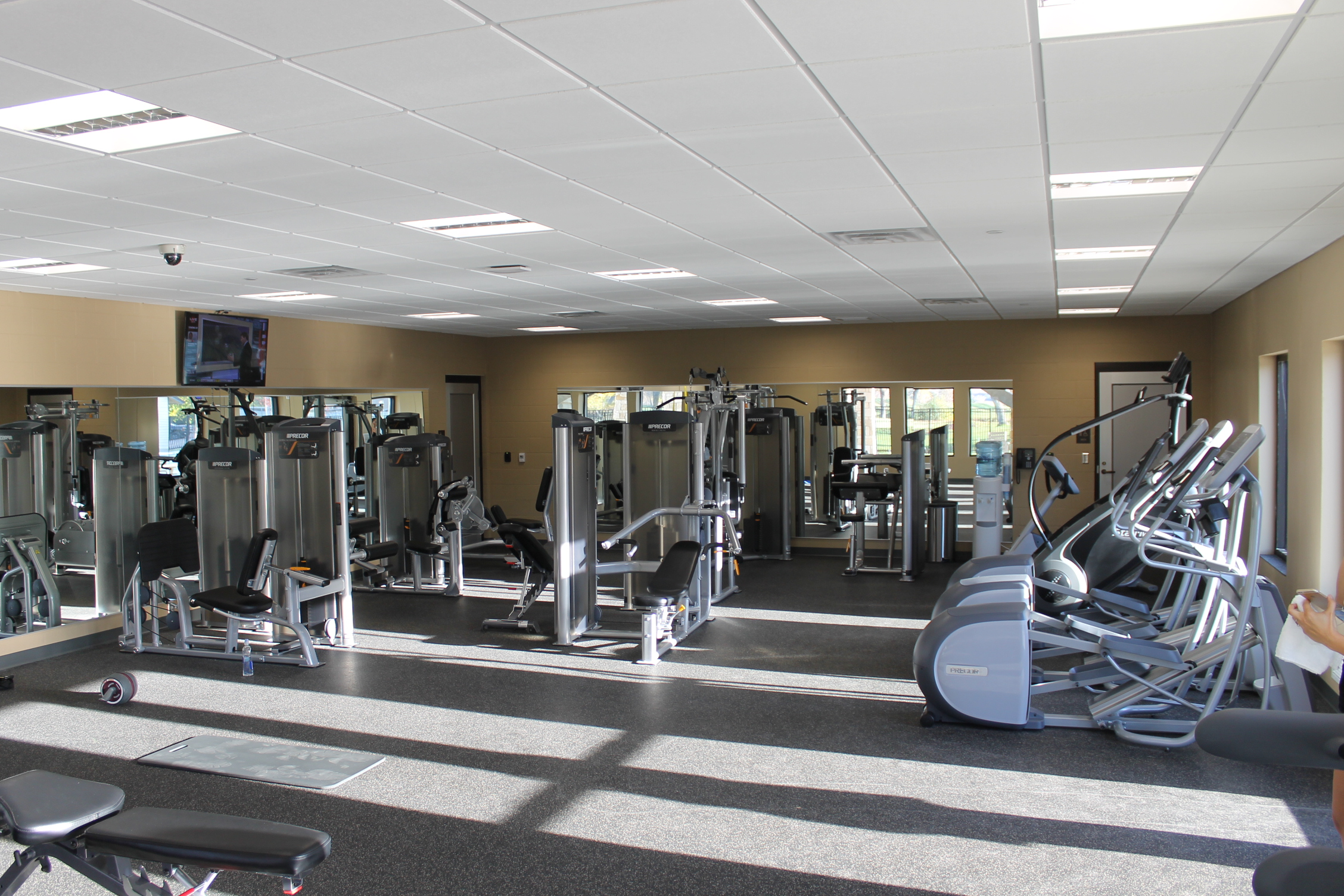The Country Club of Sioux Falls clean living in the wellness center through cardio, personal training, therapy, special member services South Dakota